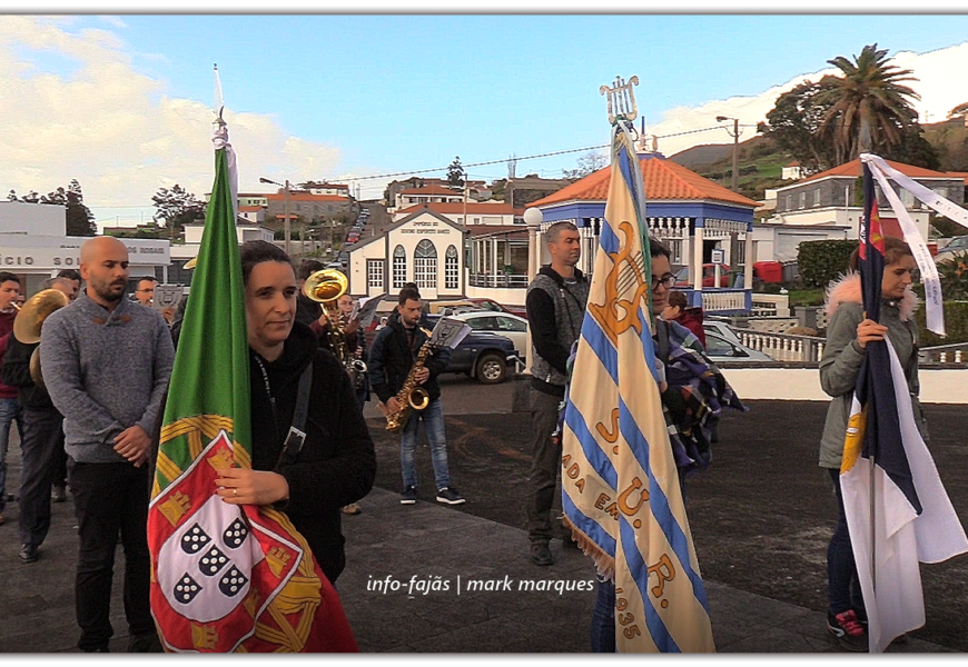 BANDA UNIÃO ROSALENSE SAÚDA SANTO ANTÃO – Rosais na Festa de Santo Antão – Ilha de São Jorge (c/ vídeo)