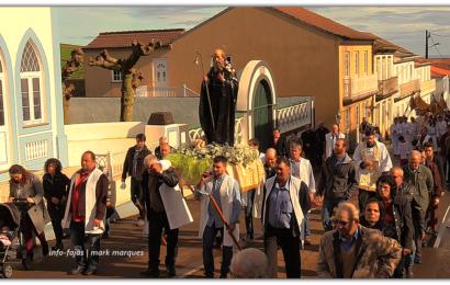 """""""PROCISSÃO EM HONRA DE SANTO ANTÃO"""" – Santo Antão – Ilha de São Jorge (c/ vídeo)"""