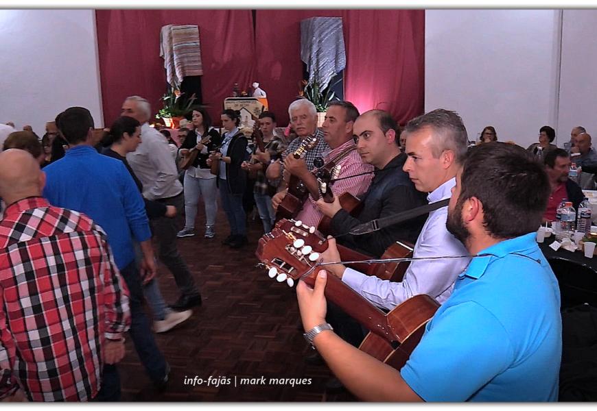 CHAMARRITA – FESTA DA MATANÇA DE PORCO – Beira – Ilha de São Jorge (c/ vídeo)
