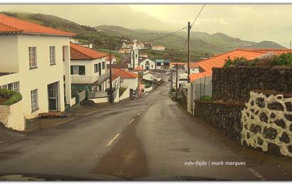 APÓS TRÊS SEMANAS OS JORGENSES CONTINUAM A CUMPRIR O DISTANCIAMENTO SOCIAL E RECOLHIMENTO (Volta pela Ilha de São Jorge) (c/ vídeo)