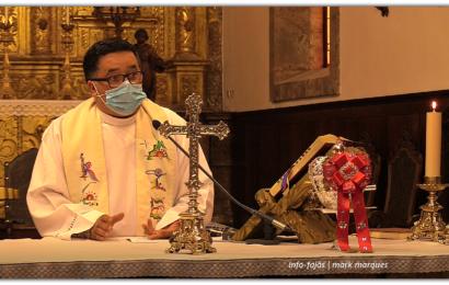 PRIMEIRA MISSA COM FIÉIS APÓS O CONFINAMENTO TOTAL – Igreja Matriz de Velas – Pe. António Duarte Azevedo (c/ vídeo)