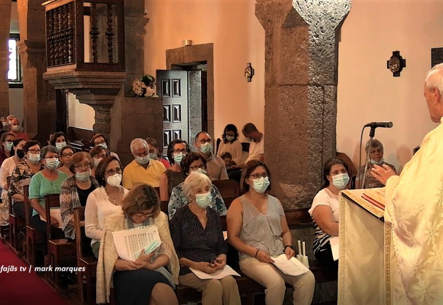 """""""FESTA DO CRUZEIRO"""" – Missa – Vila da Calheta – Ilha de São Jorge (c/ vídeo)"""
