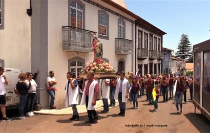 Procissão e Bênção dos Bois na Vila do Topo – Ilha de São Jorge (c/ vídeo)