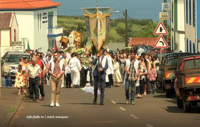 FESTA DE NOSSA SENHORA DE LOURDES (Procissão) – Santo Antão – Ilha de São Jorge (c/ vídeo)
