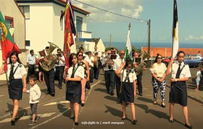 RECREIO DOS LAVRADORES ABRILHANTOU A FESTA DA SENHORA DE LOURDES – Santo Antão – Ilha de São Jorge (c/ vídeo)