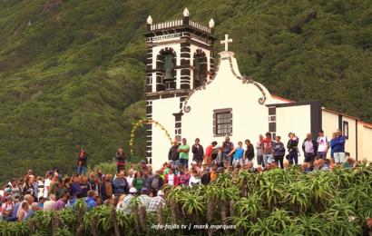 (ARREMATAÇÕES DO GADO) – FESTA DA FAJÃ DA CALDEIRA DE SANTO CRISTO – Ilha de São Jorge (c/ vídeo)