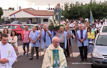 FESTA DA SENHORA DAS DORES (Procissão) – Fajã do Ouvidor – Ilha de São Jorge (c/ vídeo)